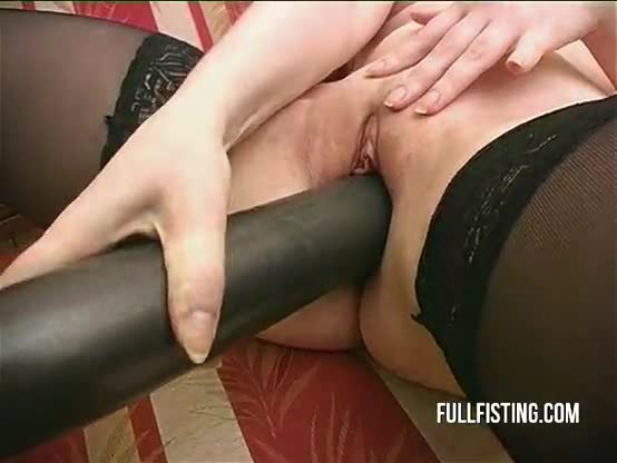 Hot euro lesbian bat and fist in pussy from behind